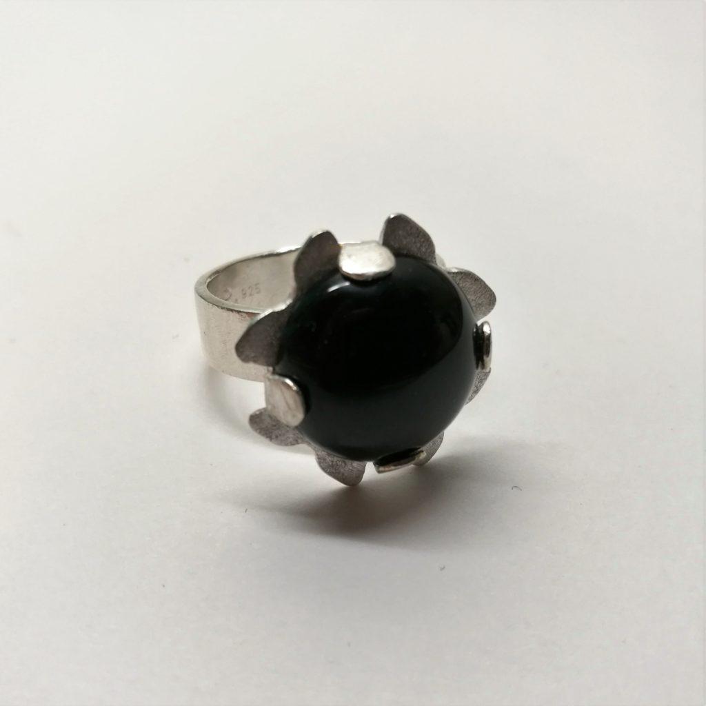 Silverring med onyx